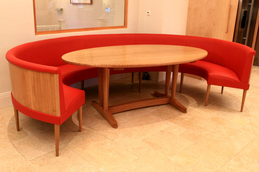 Round Pedestal Dining Table ...