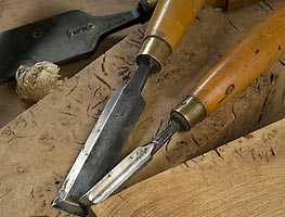 Chisels on burr oak